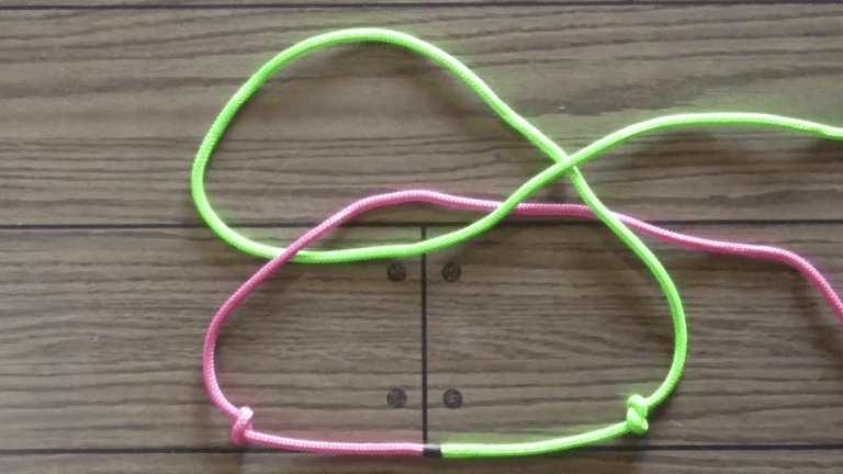 How to tie a fiador knot step 2